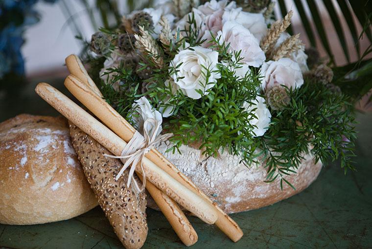 pan-con-flores