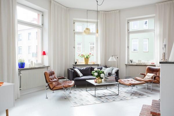 1-sunny-living-room-600x400