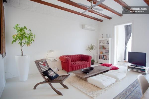 Spain-Modern-Living-Room-1-600x400